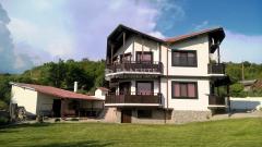 Къща селски имот